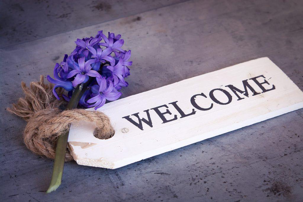 Cartellino di benvenuto con fiore giacinto